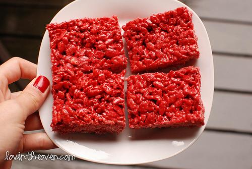Red Velvet Rice Crispy Treats via Lovin' From The Oven