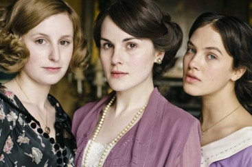 Edith, Mary, and Sybil Crawley. Image via Beauty Banter.